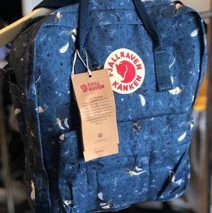 Fjallraven kanken backpack classic blue fox